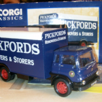 22701 Corgi Bedford TK Box Van Pickfords boxed 1:50 boxed @SOLD@